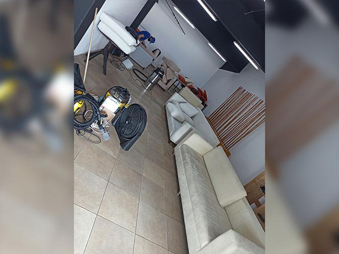 lavado de muebles quito valle chillos